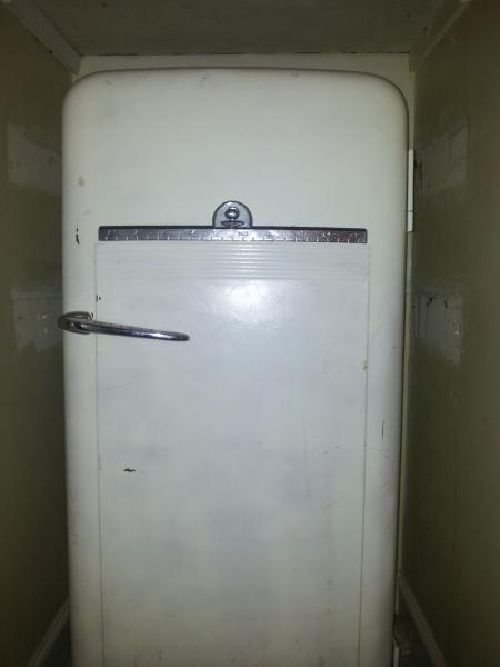 Antique Kelvinator Fridge Best 2000 Antique Decor Ideas