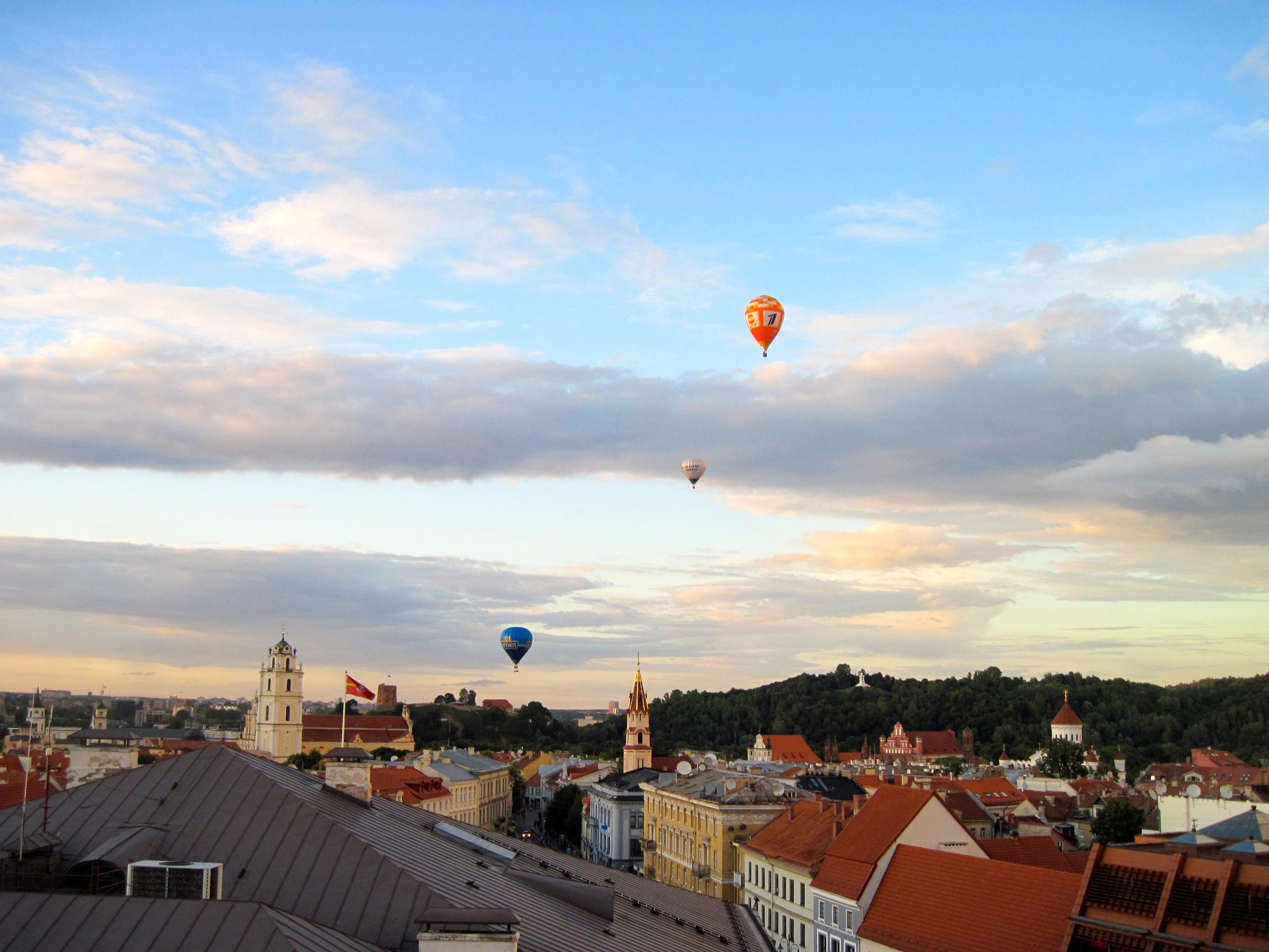 balloons2012.JPG