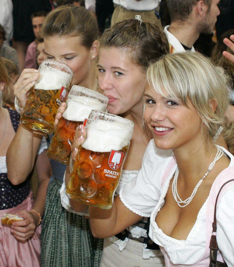 beer cleavage.jpg