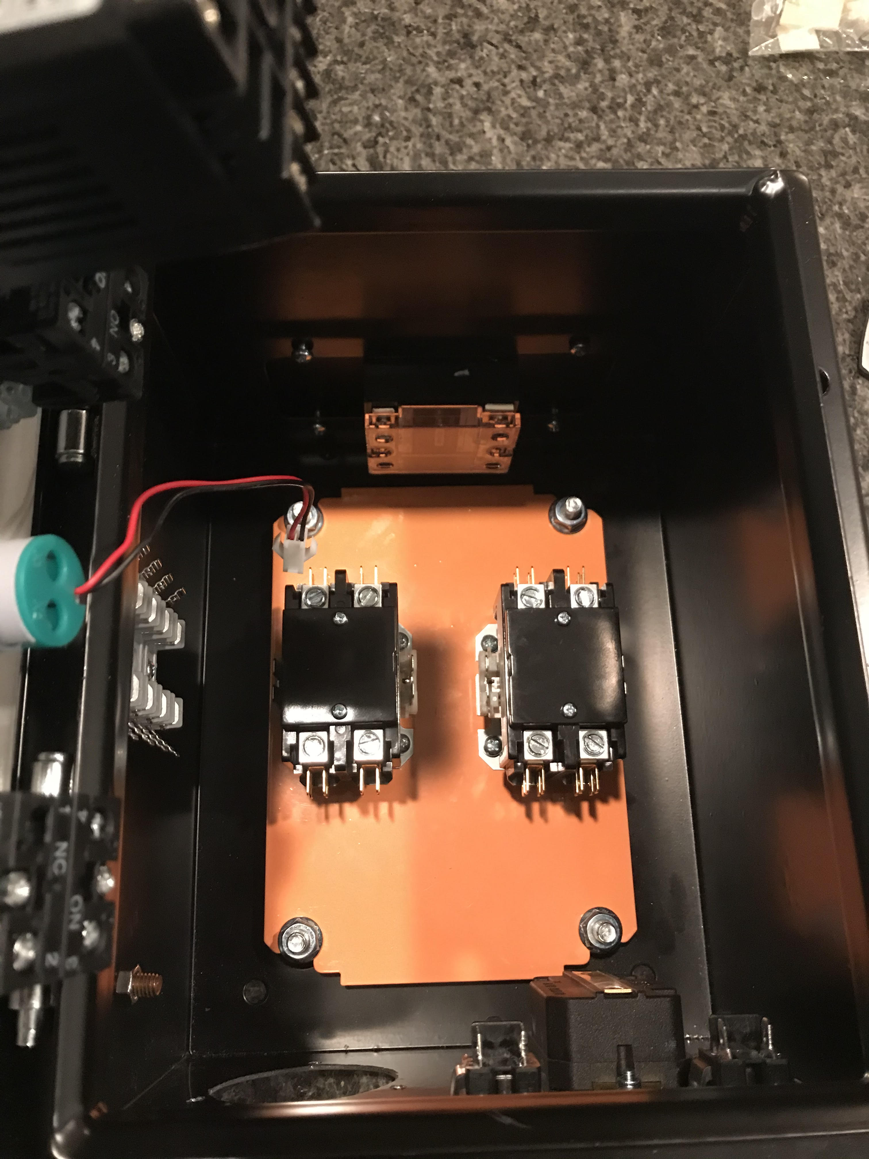 Components Installed with Fuse Block.jpg