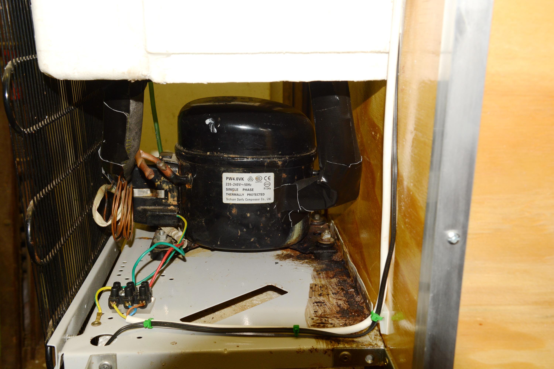 compressor_insulation_wiring.jpg