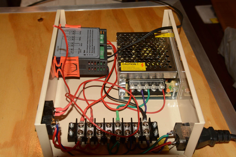 controller_inside_2.jpg