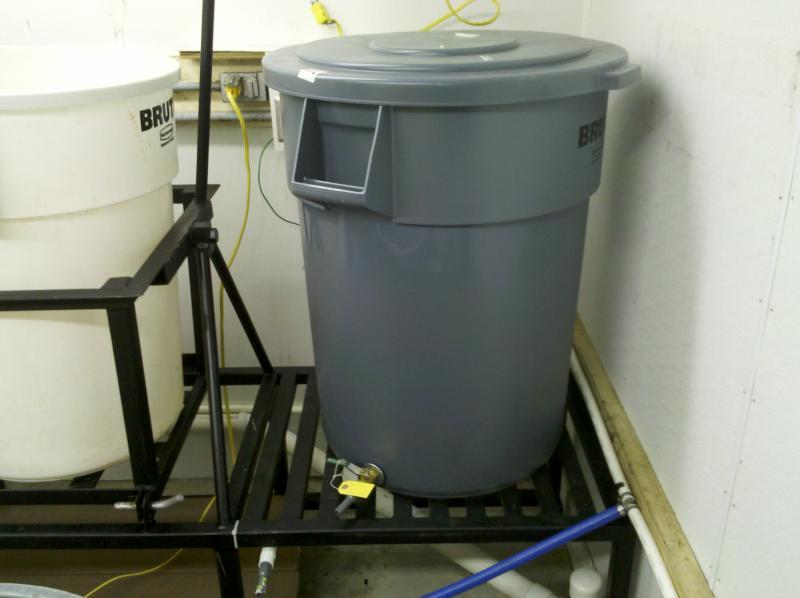 HLT  55 gallon Rubbermade.jpg