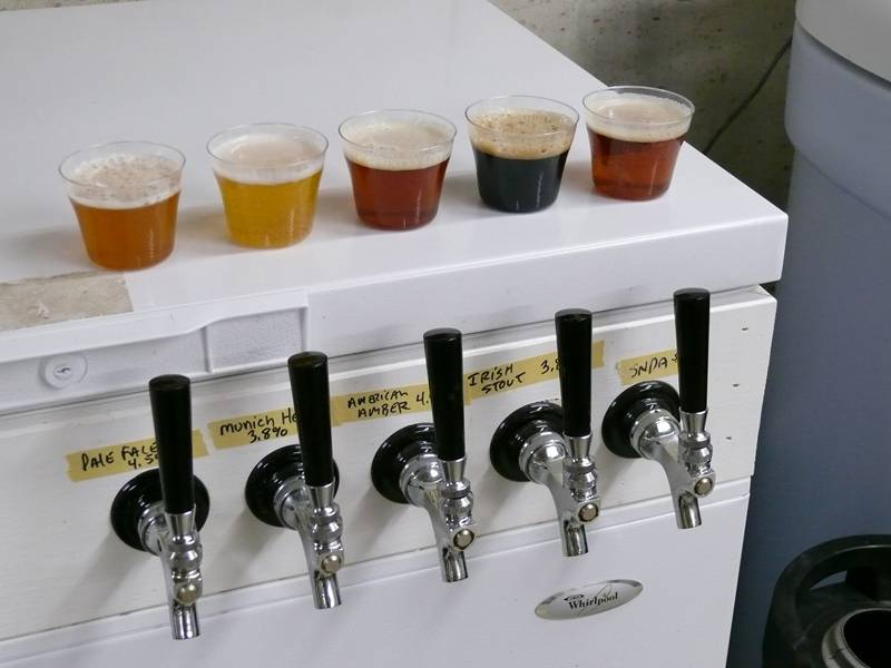 Click image for larger version  Name:beer_guide_19.jpg Views:1049 Size:21.3 KB ID:35631