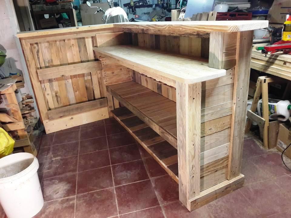 Wooden Pallet Bar Jpg