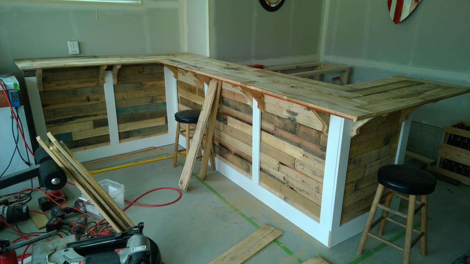 Pallet Wood Garage Bar Build | HomeBrewTalk.com - Beer, Wine, Mead ...